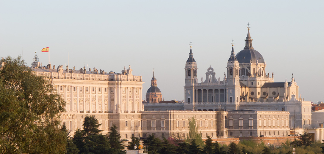 Catedral_de_la_Almudena_y_Palacio_Real